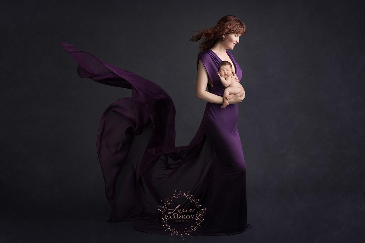 těhotenská fotografie, focení těhotných, zapůjčení šatů, focení novorozenců